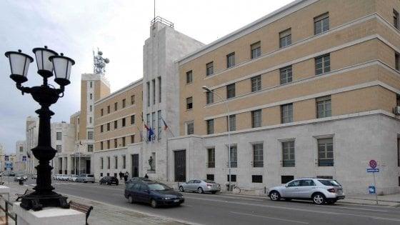 """La Regione Puglia cerca giornalisti, Ordine e Assostampa: """"Ma quel bando è sbagliato"""""""