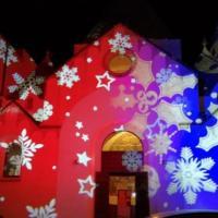 A Natale i trulli di Alberobello si accendono di magia