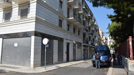 Estrema destra, chiusa la sede di Casapound a Bari: 30 indagati per aggressione e ricostituzione del partito fascista