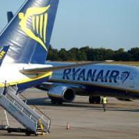 Aerei, da Milano a Bari con cinque ore di ritardo: Ryanair dovrà risarcire 9 passeggeri