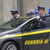Bari, traffico di droga e armi: 17 arresti.