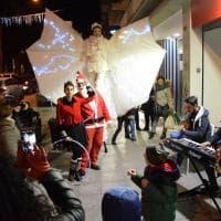 Natale, a Bari la notte bianca del commercio: la periferia fa festa