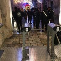 Polignano, dopo i tornelli scattano i controlli a Meraviglioso Natale: 50mila euro di multe