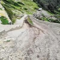 Peschici, montagna sventrata in area vincolata per realizzare strada d'accesso