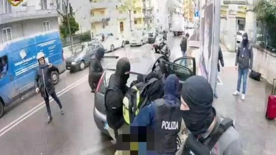 """Terrorismo, il 20enne arrestato a Bari progettava un attentato a San Pietro per Natale: """"Mettiamo bombe nelle chiese"""""""
