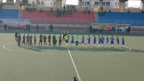 Calcio, insulti razzisti al presidente della Virtus Andria durante il match con il Canosa