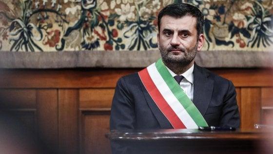 """Decreto Sicurezza, Decaro (Anci) contro Salvini: """"Istiga a disobbedienza. Pronti a restituire la fascia"""""""