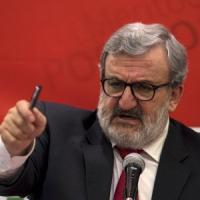 Congresso Pd, Emiliano si schiera con Zingaretti: