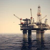 Trivelle nello Ionio, marcia indietro del governo: Mise ferma i permessi in mare