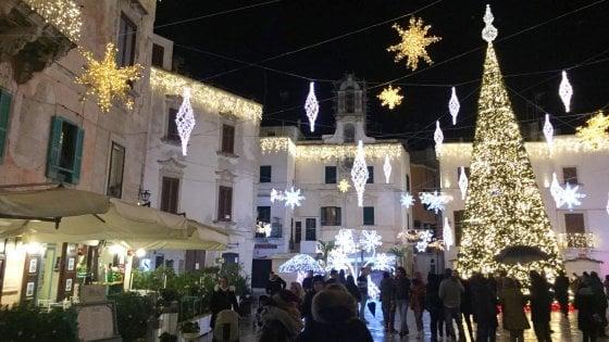 """Polignano a Mare,  l'organizzatore di Meraviglioso Natale è sparito: """"Nessuna notizia dell'incasso"""""""