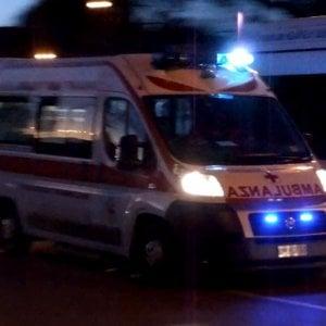 Foggia, auto contro il palo della luce: una 15enne e un 17enne muoiono nello schianto