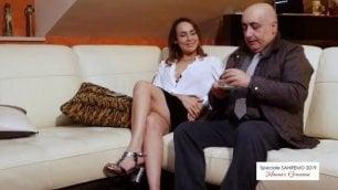 L' Angelina Jolie di Bari da Berlusconi a Sanremo