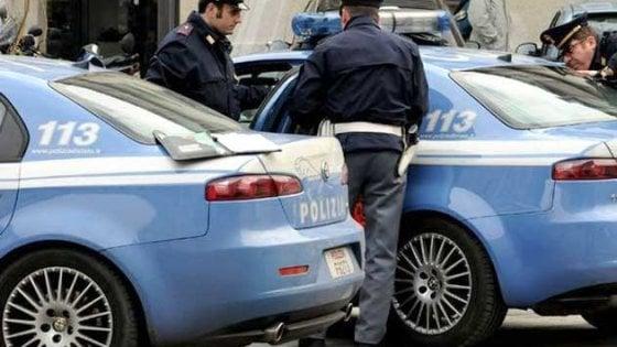 Foggia, fermati mentre chiedono 5mila euro a un commerciante: due arresti per estorsione