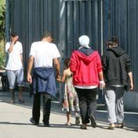 Taranto, il prete anti immigrati vince il bando da 1,3 milioni di euro per
