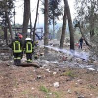 Bari, esplosione nella fabbrica di fuochi d'artificio: titolare sopravvissuto