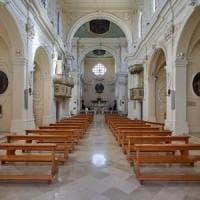 Nardò, microspia in sacrestia per carpire le confessioni: i fedeli la scoprono d...