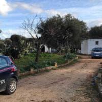 Brindisi, 75enne spara contro la moglie con un fucile e si suicida: erano separati da poco