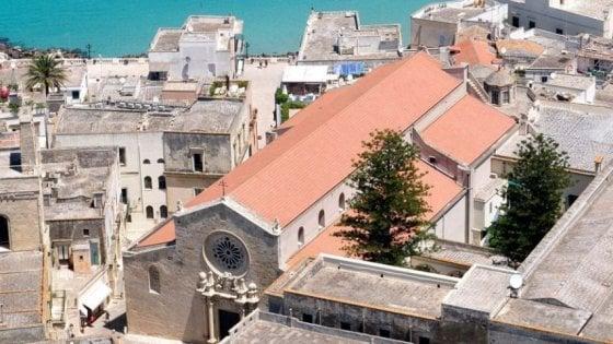 Grande fratello nel municipio di Otranto: microcamere negli uffici del sindaco e dei dirigenti