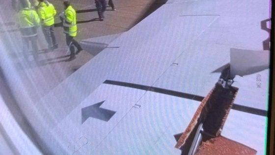 Si squarcia in volo l'ala del Francoforte-Bari: atterraggio di emergenza, nessun ferito