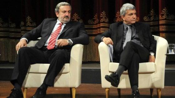 """Regionali, in Puglia Emiliano lancia la sfida a Vendola: """"Si candidi, suo asse con Renzi tutela lobby dei rifiuti"""""""