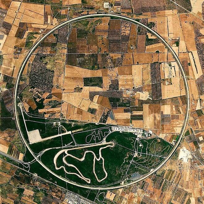 La Puglia vista dall'alto, geometrie (e inquinamento) nelle immagini dallo spazio