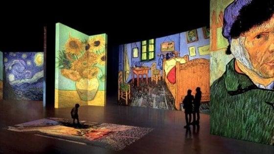 Bari, 50mila visitatori per la mostra 'Van Gogh Alive - The Experience': prorogata la chiusura