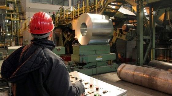 ArcelorMittal a Taranto, ustionato un operaio: è stato investito da un getto d'acqua bollente