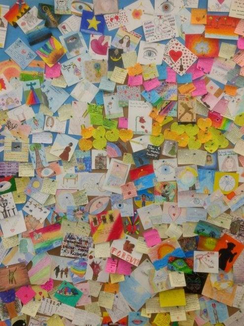Bari, gli studenti realizzano 'la stanza di Elena': una classe colorata per la compagna che non c'è più
