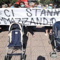 Taranto, un gruppo di genitori raccoglie su Facebook le storie dei bambini uccisi dal...
