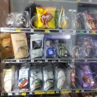 Cannabis light nel distributore automatico: a Lecce tra gli snack spuntano