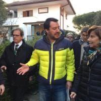 Salvini a Bari mette in vendita villa confiscata alla mafia. E sui migranti:
