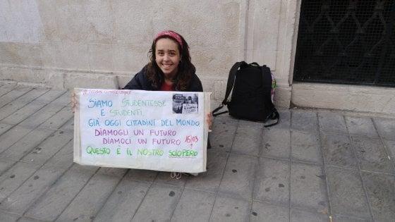 """Ambiente, Giorgia è la Greta Thunberg di Bari: """"Seguo il suo esempio,  e ora il mio liceo ha il cuore verde"""""""
