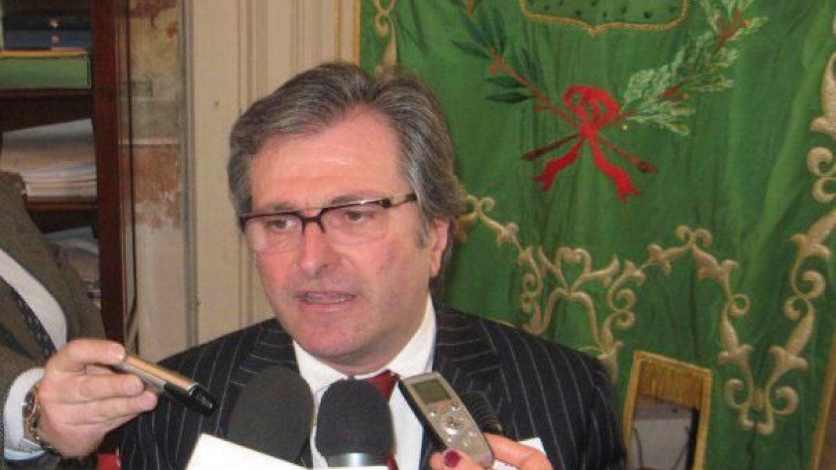 Tangenti per la discarica di Grottaglie, 7 arresti: anche ex presidente della Provincia di Taranto (Forza Italia)