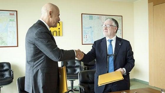 Sviluppo sostenibile, accordo Cnr-Eni: 20 milioni di investimenti per 4 laboratori al Sud. Firma a Lecce con Conte