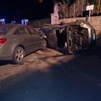 Brindisi, la strage dei 18enni dopo la festa di compleanno: 3 morti in un incidente alle...