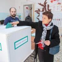 Regionali in Basilicata, affluenza in aumento del 6%: alle urne il 53,6% dei cittadini