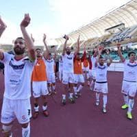 Calcio, il Bari batte il Portici 2-1 e spegne i fischi del San Nicola: la
