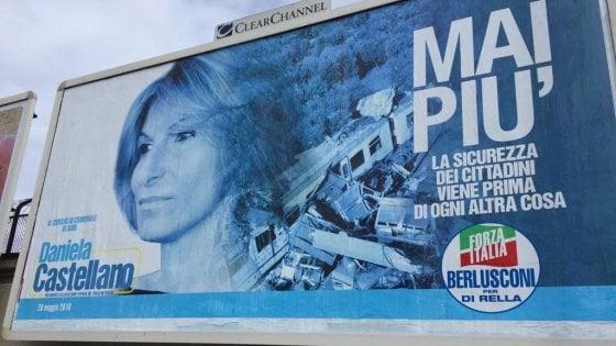 Comunali a Bari, il padre morì nello scontro fra treni: sul manifesto della candidata la foto dell'incidente
