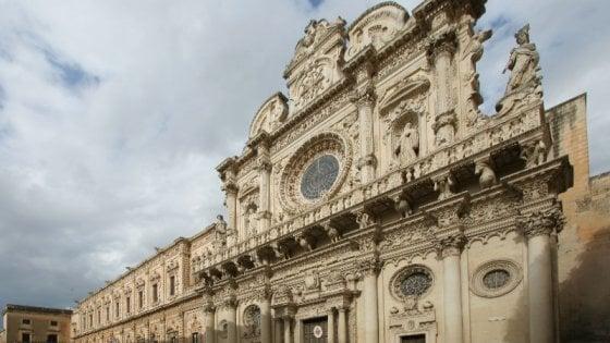 Lecce, un biglietto da 10 euro per visitare le chiese del Barocco: insorgono le guide turistiche