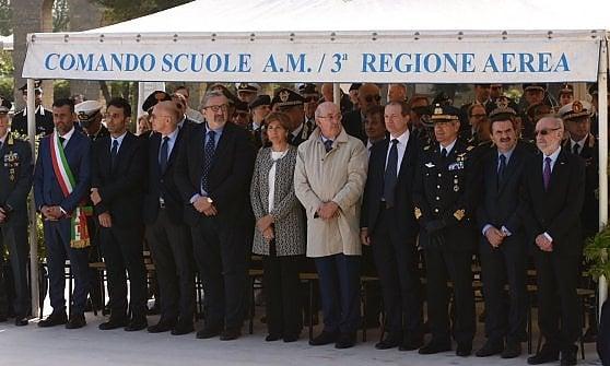 """Con la cerimonia al Sacrario a Bari la celebrazione del 25 Aprile. Decaro: """"Festeggiare oggi è un dovere per tutti noi"""""""