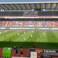 Calcio, il Lecce sbaglia tutto nella partita che valeva la A: perde 2-1