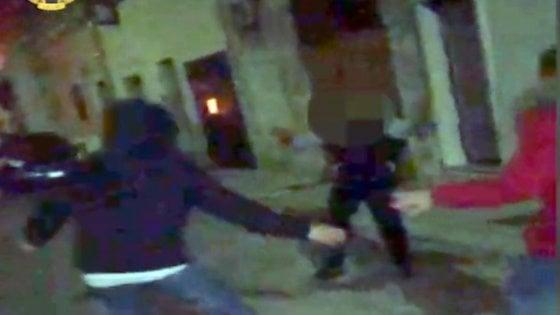 Pensionato ucciso dalla baby gang a Manduria: gli 8 ragazzi finiscono tutti in carcere