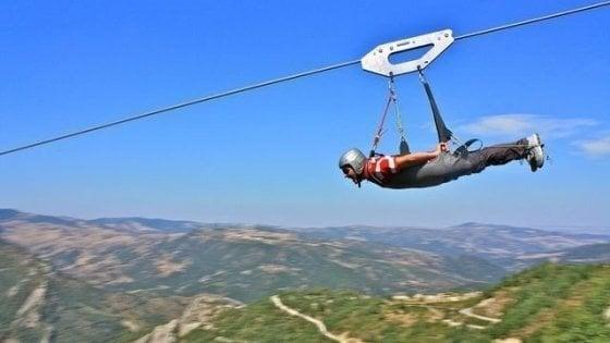 Il Volo dell'angelo anche in Salento, il progetto per volare sospesi sul mare più bello d'Italia