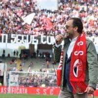 Calcio, Bari ko ad Avellino (1-0) e fuori dalla poule scudetto di D: l'arbitro ha annullato tre gol