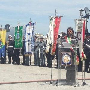 Bari festeggia il 2 Giugno: cerimonia al Sacrario e il messaggio del presidente Mattarella