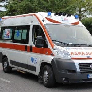 Foggia, si ribalta auto con a bordo braccianti stranieri: due morti