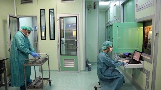 """""""Al Policlinico di Bari 4 settimane per l'esito di una biopsia: i manager risparmiano, noi malati di cancro rischiamo la vita"""""""
