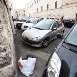 Rep  :  Bari vecchia, 500 multe  in una settimana per fermare  gli incivili della spazzatura