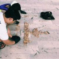 Mola di Bari, studenti raccolgono i mozziconi di sigaretta e riproducono