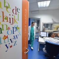 Pesci, fiori e lettere colorate: ecco la nuova radiologia pediatrica del Giovanni XXIII di Bari